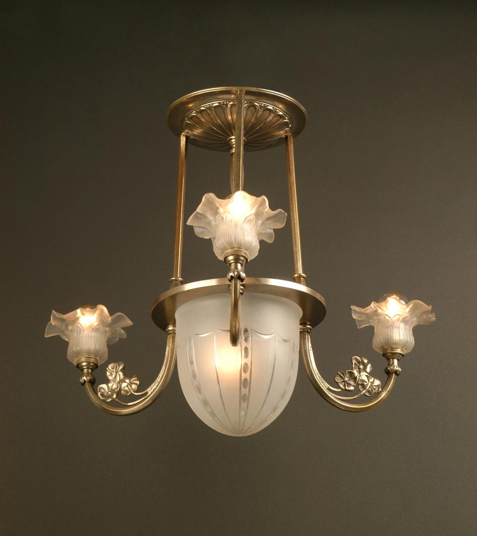 petit lustre plafonnier art d co lighting deco luminaires. Black Bedroom Furniture Sets. Home Design Ideas